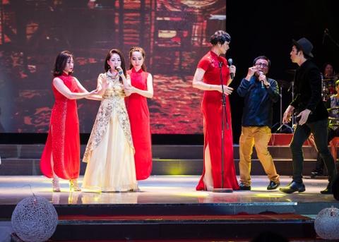 Quach Tuan Du doi dau Quang Le trong live show bolero hinh anh 7