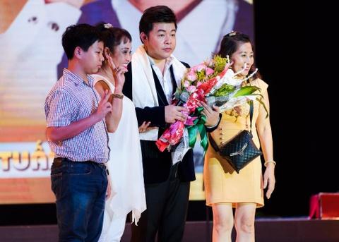 Quach Tuan Du doi dau Quang Le trong live show bolero hinh anh 8