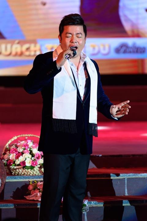 Quach Tuan Du doi dau Quang Le trong live show bolero hinh anh 3