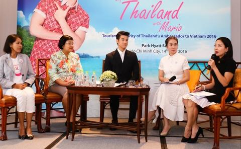 Fan Viet sung suong duoc Mario Maurer om hinh anh 10