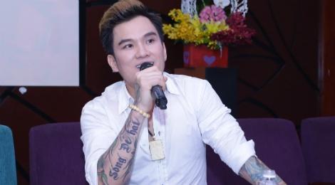Lam Chan Huy ke cuoc song vat va trong album dan ca hinh anh