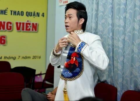 Hoai Linh treu choc can nang cua Hong Van trong canh ga hinh anh 2