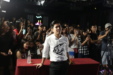 Truong Giang duoc fan to chuc sinh nhat 34 tuoi hinh anh 6