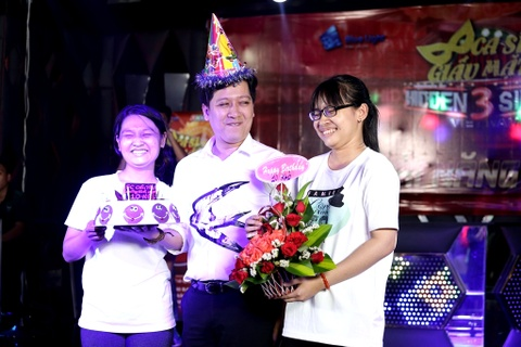 Truong Giang duoc fan to chuc sinh nhat 34 tuoi hinh anh 4