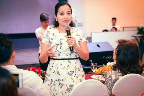 Hong Dao: 'Toi khong gianh giat chuong trinh voi Viet Huong' hinh anh 8