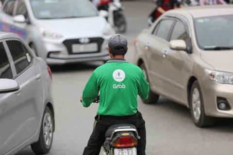 Uber, Grab: Ngay thuong 80.000 dong, can Tet 180.000 dong hinh anh