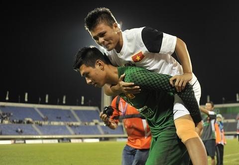 Thu mon U23 Viet Nam bi kiet suc vi nang nong hinh anh