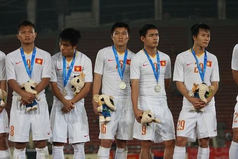 Cuu tuyen thu U23 van am uc vi thua Malaysia o SEA Games 25 hinh anh