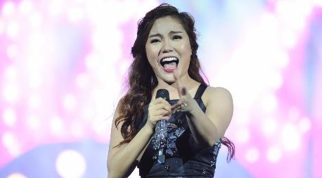 live show ngoc anh hinh anh