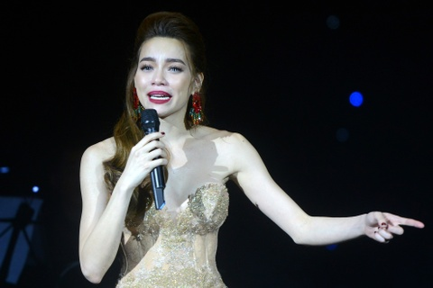 Ha Ho, Pham Huong, Lan Khue ngoi bet tam su chuyen tinh yeu hinh anh 10