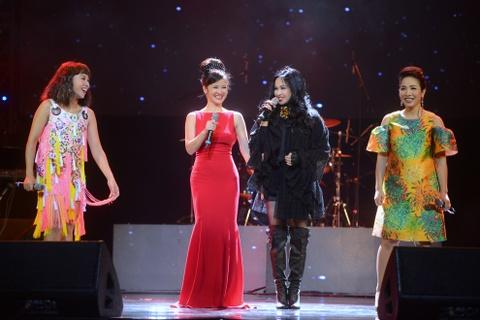 'Bo tu' diva: Nhung goi Lam la chi ca, Linh khen Ha hat hay hinh anh 9