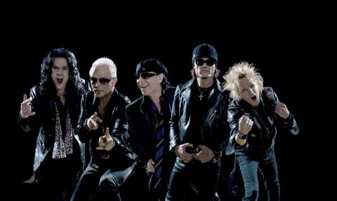 Ban nhac rock huyen thoai Scorpions bieu dien o Viet Nam hinh anh