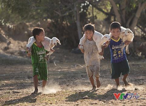 Viet Nam chuyen dong tren nhung nu cuoi lap lanh hinh anh 9