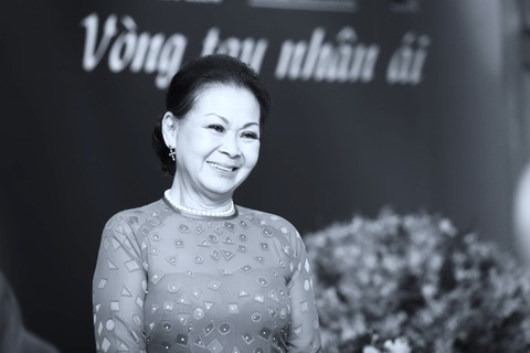 Khanh Ly song ca voi Quang Thanh ca khuc 'Giot nuoc mat que huong' hinh anh