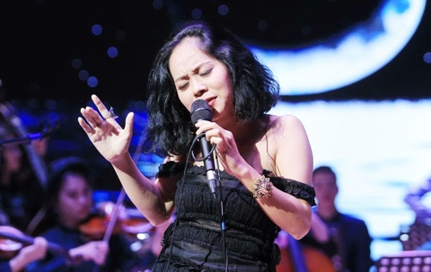 Dan nhac Maius Philharmonic thang hoa cung ca si Hoang Quyen hinh anh