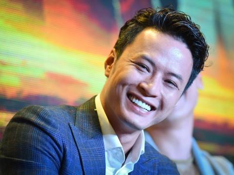 Hong Dang cam thay 'met moi' khi dong phim cung Hong Diem hinh anh