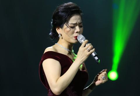 Le Quyen: 'Day la thoi diem toi hat nhac Trinh hay nhat' hinh anh