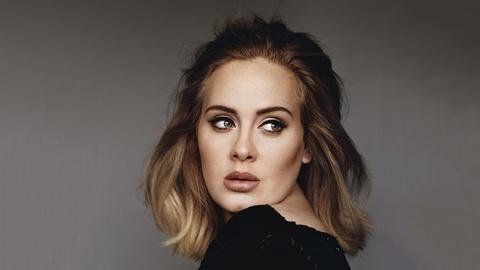 Adele mat tich 3 nam lam 'sieu pham', con Vpop co gi khi cho Son Tung? hinh anh 1