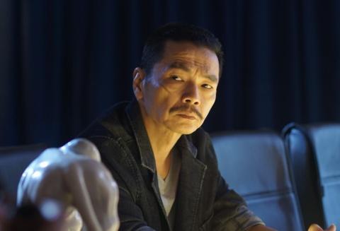 'Luong Bong': Tiec vi Canh dieu Vang khong vinh danh 'Nguoi phan xu' hinh anh