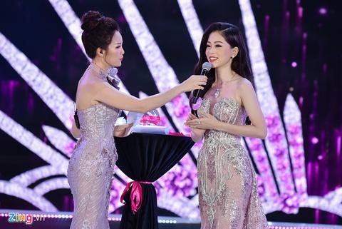 Phan thi ung xu Hoa hau Viet Nam 2018 gay tranh cai vi 'cach mang 4.0' hinh anh 2