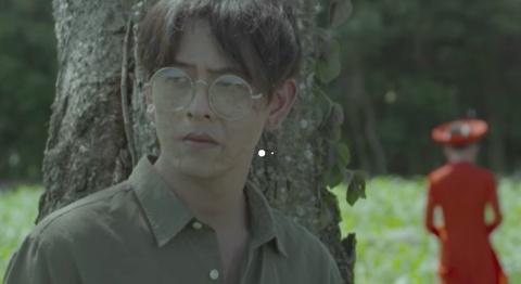 Giai nghia nhung am anh trong MV ve Han Mac Tu cua Phan Manh Quynh hinh anh