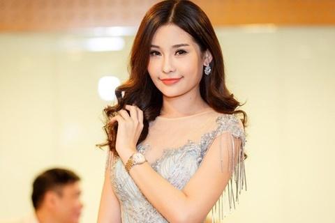 Bo Van hoa lam viec voi cong ty dua Le Au Ngan Anh di thi khong phep hinh anh