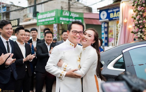 Trung Hieu: 'Noi toi chi tien khung cho dam cuoi voi vo 9X la sai' hinh anh