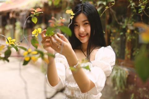 Nhan sac nu dien vien 9X khong ngai dong canh yeu duong voi NSND 5X hinh anh 7