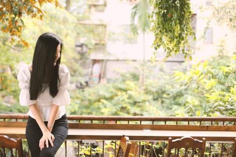 Nhan sac nu dien vien 9X khong ngai dong canh yeu duong voi NSND 5X hinh anh 1