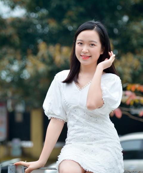 Nhan sac nu dien vien 9X gay chu y vi giong Quang Tri va 'yeu' Cong Ly hinh anh 3
