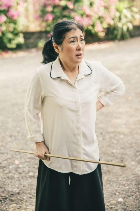 MV 'Lon roi con khoc nhe' - Van la Truc Nhan khong sexy, khong drama hinh anh 3