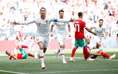 Ronaldo toa sang, Bo Dao Nha nhoc nhan vuot ai Morocco hinh anh 1
