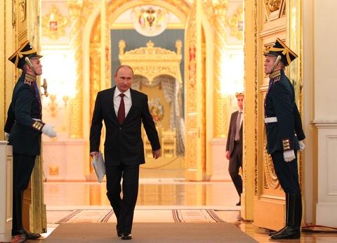 Thang ap dao, Putin lan thu 4 dac cu tong thong Nga hinh anh 4