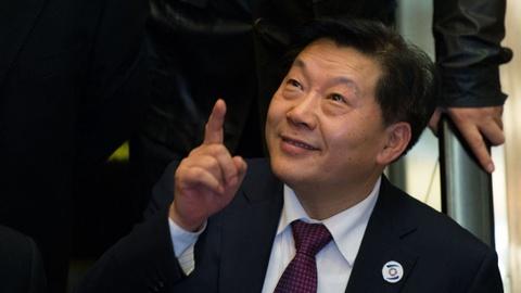 'Nguoi gac cong Internet Trung Quoc' bi khoi to vi tham nhung hinh anh