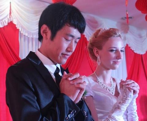 Có nhiều tiền, đàn ông Trung Quốc đổ xô lấy vợ Đông Âu