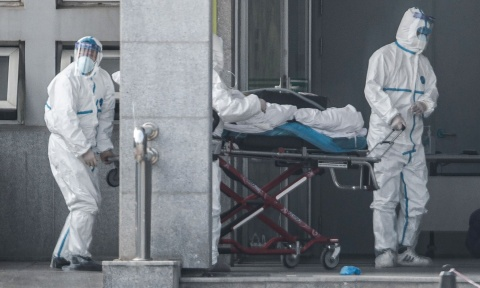 Chuyen gia HK: Virus la lan toi 20 thanh pho lon cua Trung Quoc hinh anh