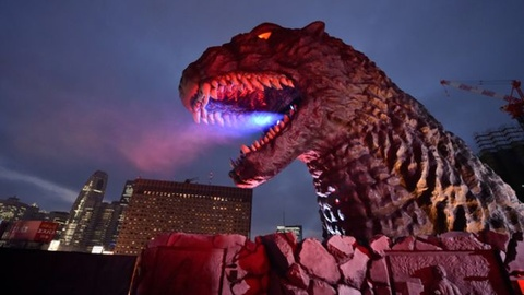 Quai vat Godzilla tro thanh cong dan Nhat Ban hinh anh