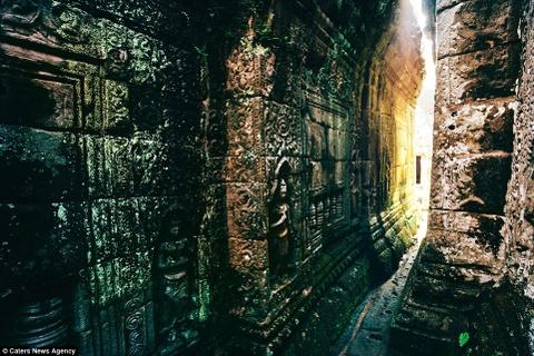 Ve dep ky ao cua khu den phai den mot lan trong doi hinh anh 14 Ngoại thất của đền Bayon mang đậm dấu ấn kiến trúc Baroque của người Khmer.