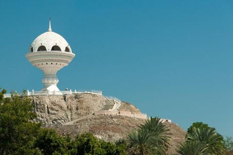 Vuong quoc Oman: Tham vong hut tour du lich xa xi hinh anh 10