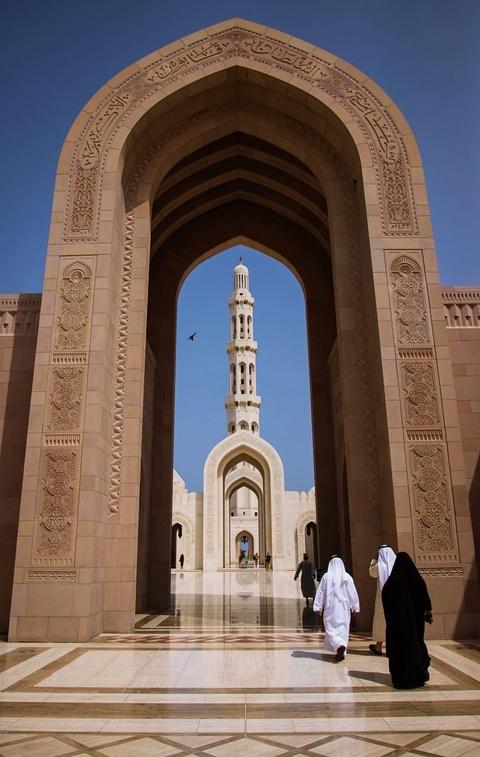 Vuong quoc Oman: Tham vong hut tour du lich xa xi hinh anh 6