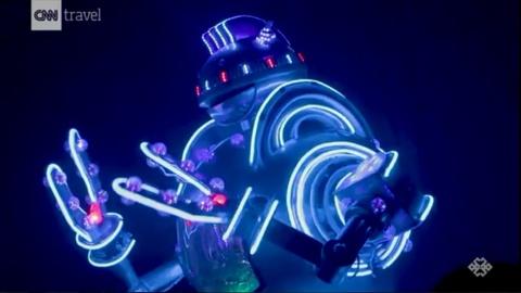 Nha hang Robot o Nhat Ban hinh anh