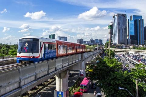 Bangkok mien phi phuong tien cong cong trong 2 ngay hinh anh
