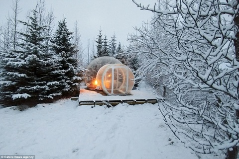Phong khach san trong suot o Iceland hinh anh 5