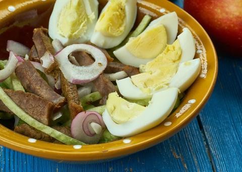 9 loai salad Nga de lam, ngon mieng va nhieu duong chat hinh anh 7