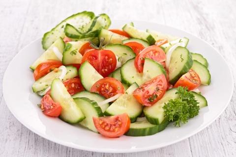 9 loai salad Nga de lam, ngon mieng va nhieu duong chat hinh anh 5