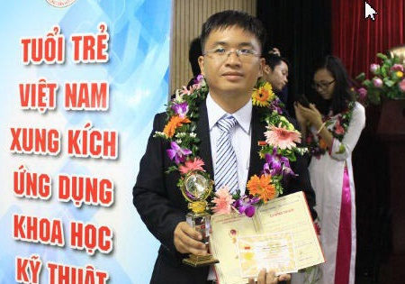 tien si do dinh thuan hinh anh