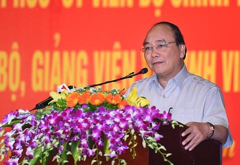 Thu tuong Nguyen Xuan Phuc: Sinh vien phai luon co hoai bao hinh anh