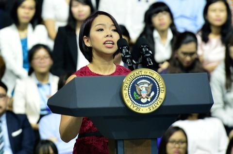 Ba ban tre Viet duoc Tong thong Obama khen ngoi hinh anh