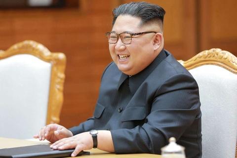 My dau dau vi tien khach san cho ong Kim Jong Un hinh anh