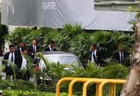 Doan xe cho ong Kim Jong Un ve khach san o Singapore hinh anh 10